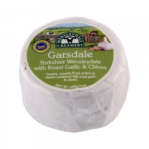 Wensleydale Creamery Garsdale Truckle Garlic and Chive Cheese - 200 g
