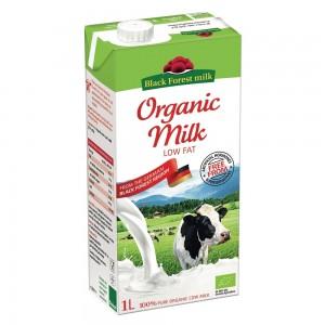 Black Forest Milk B-F Organic Cow Milk Low Fat